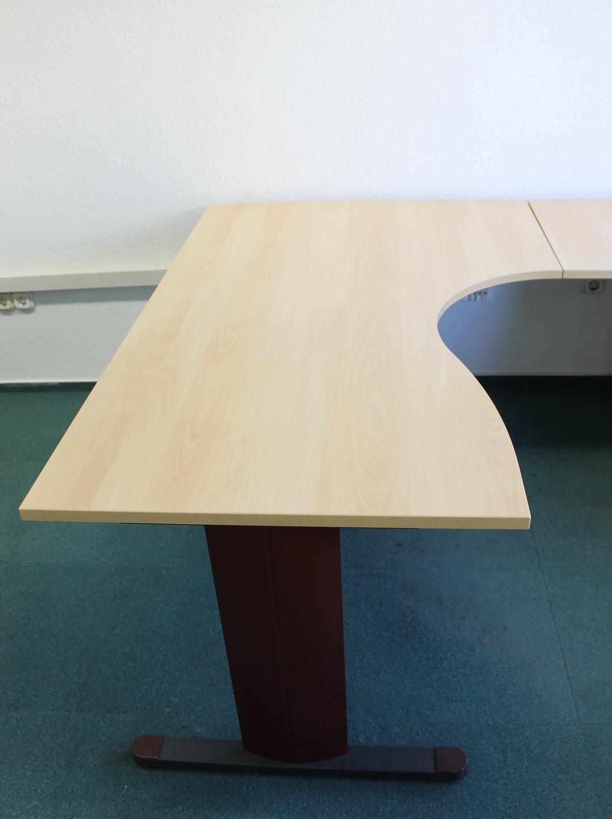 Íróasztal és konténer toldalék asztallappal