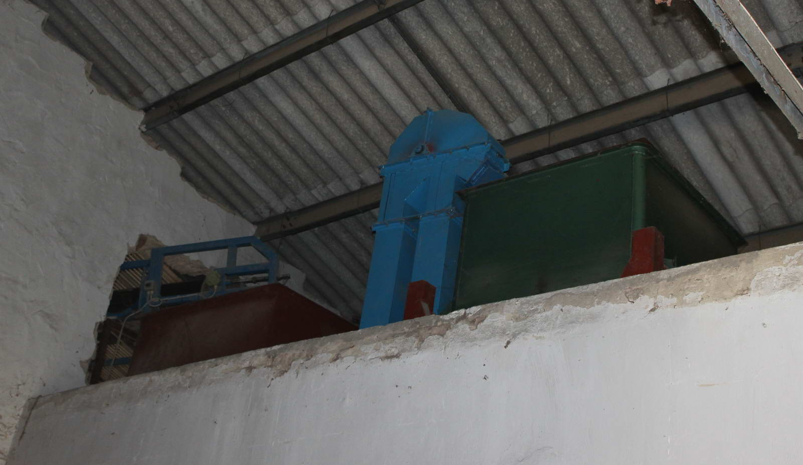 Seed dressing equipment