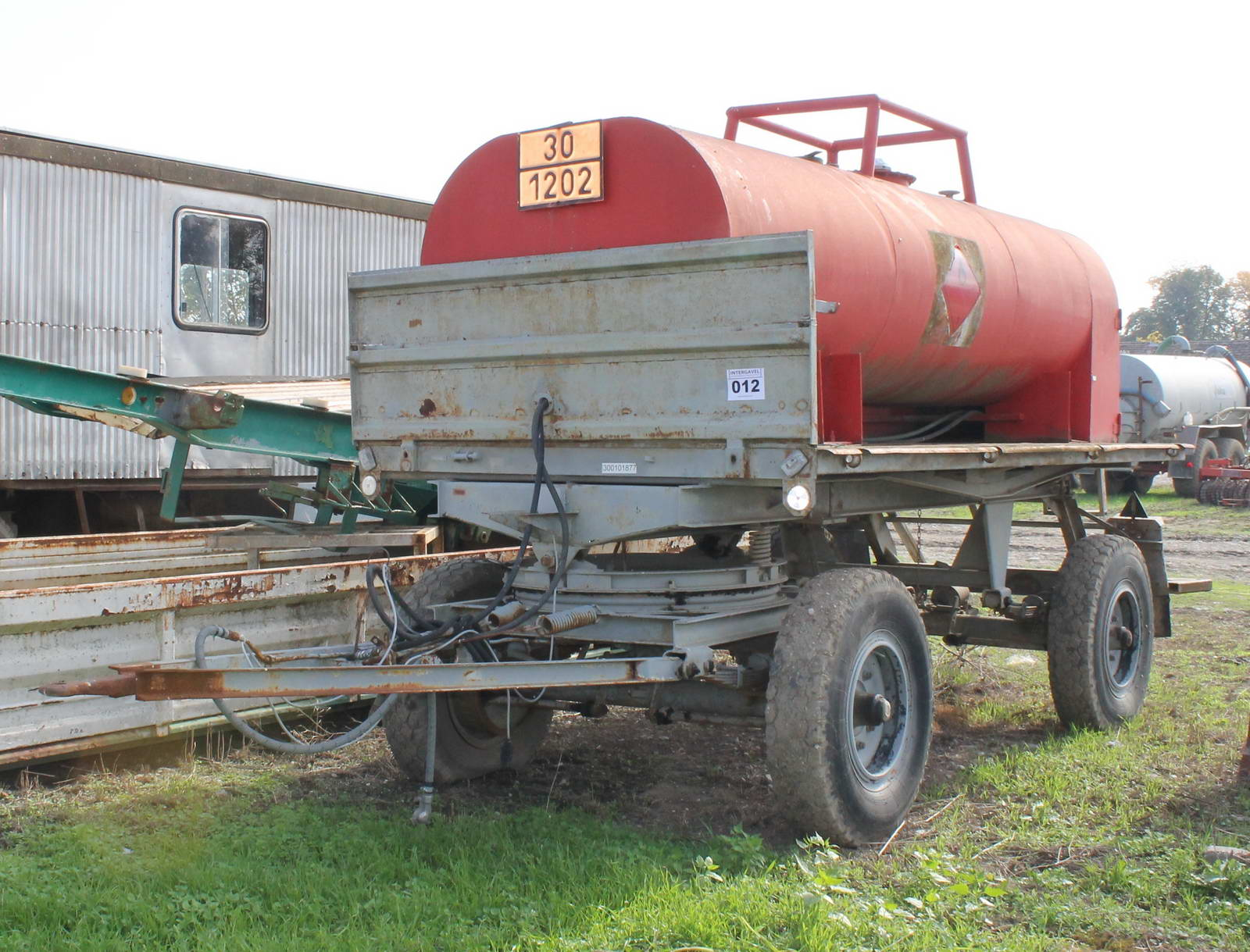 Trailer with fuel tank