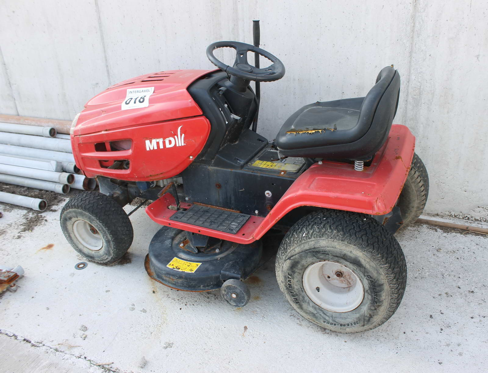 Lawn tractor Compact tractor