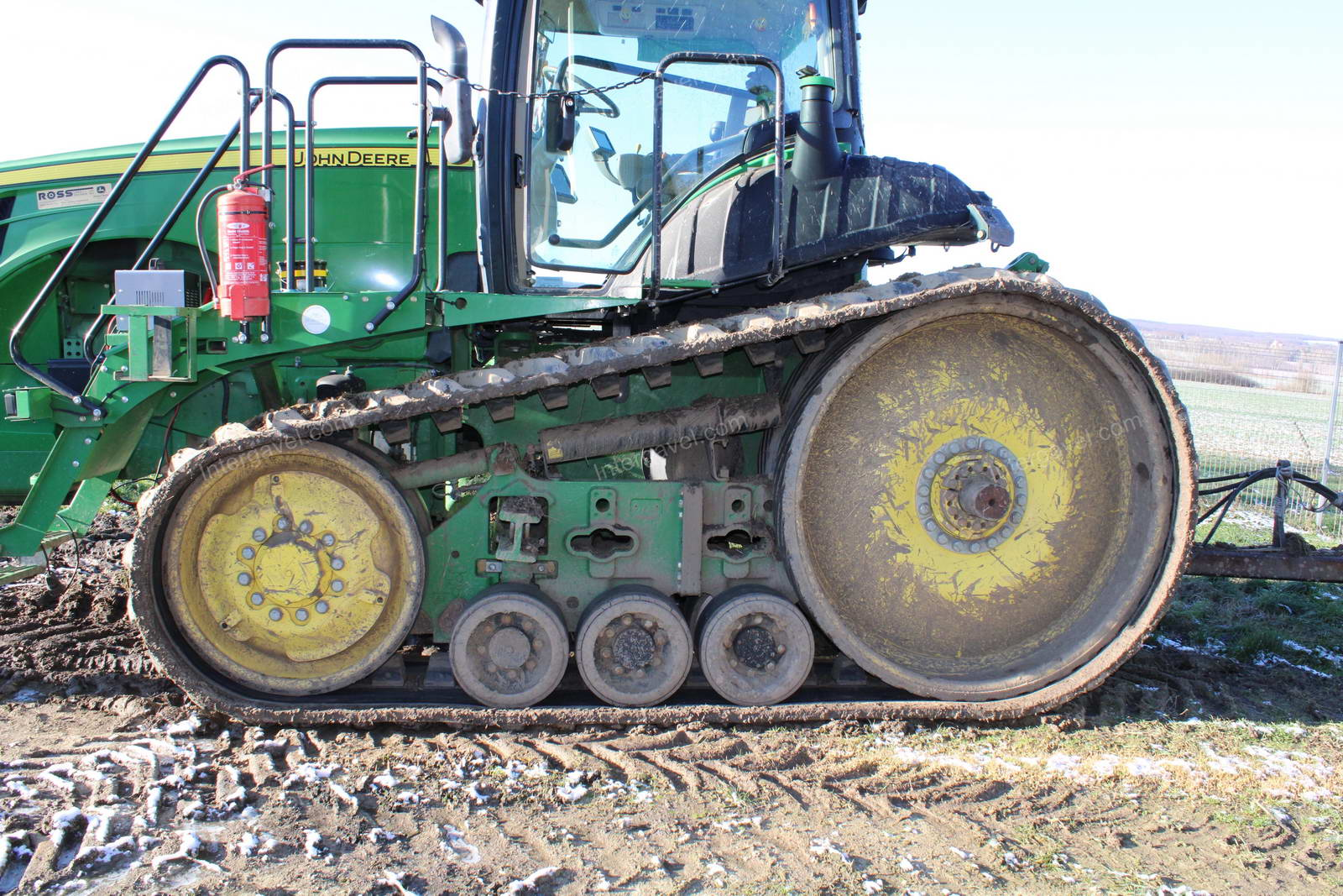 Tractor - rubber track