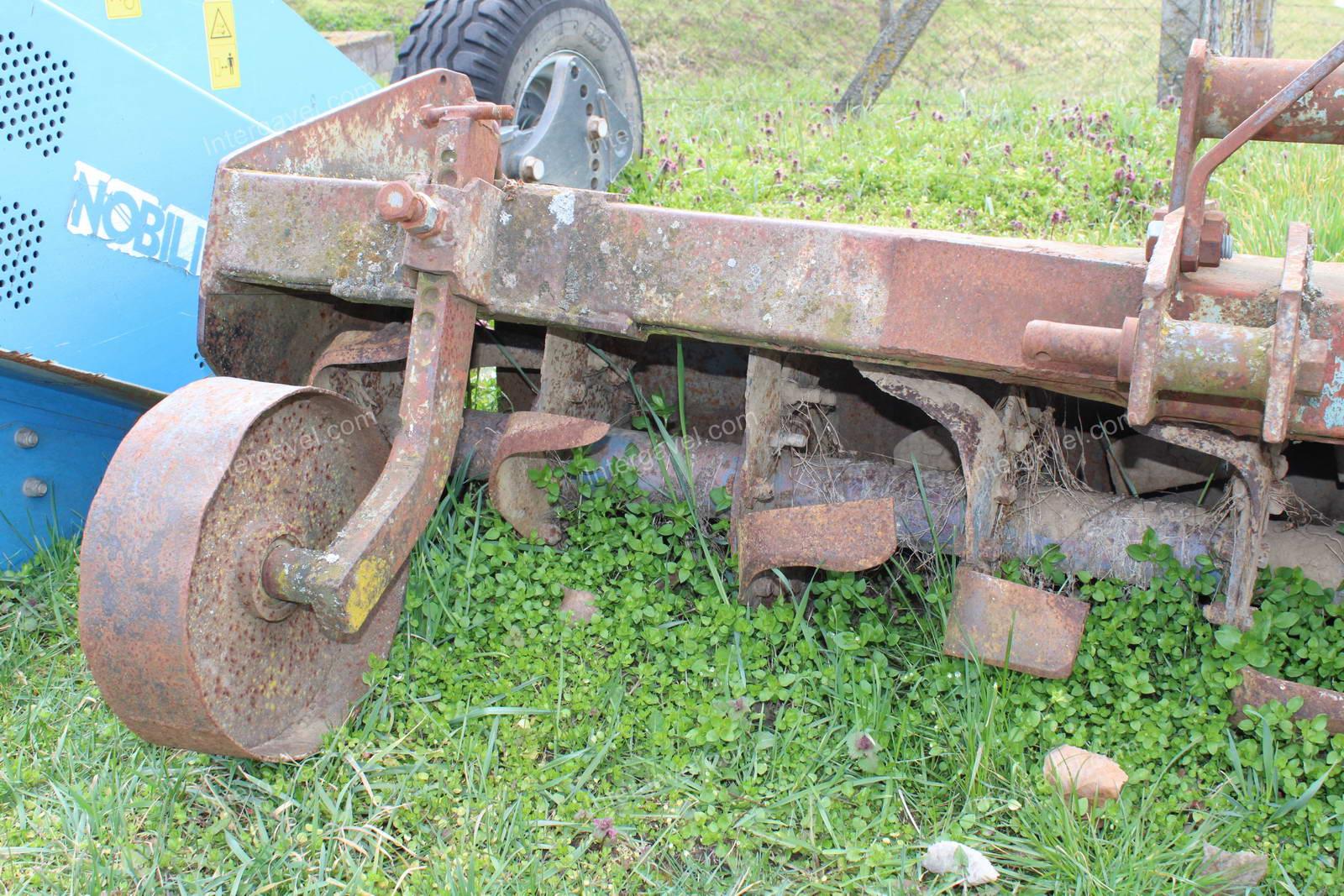 Soil cutter