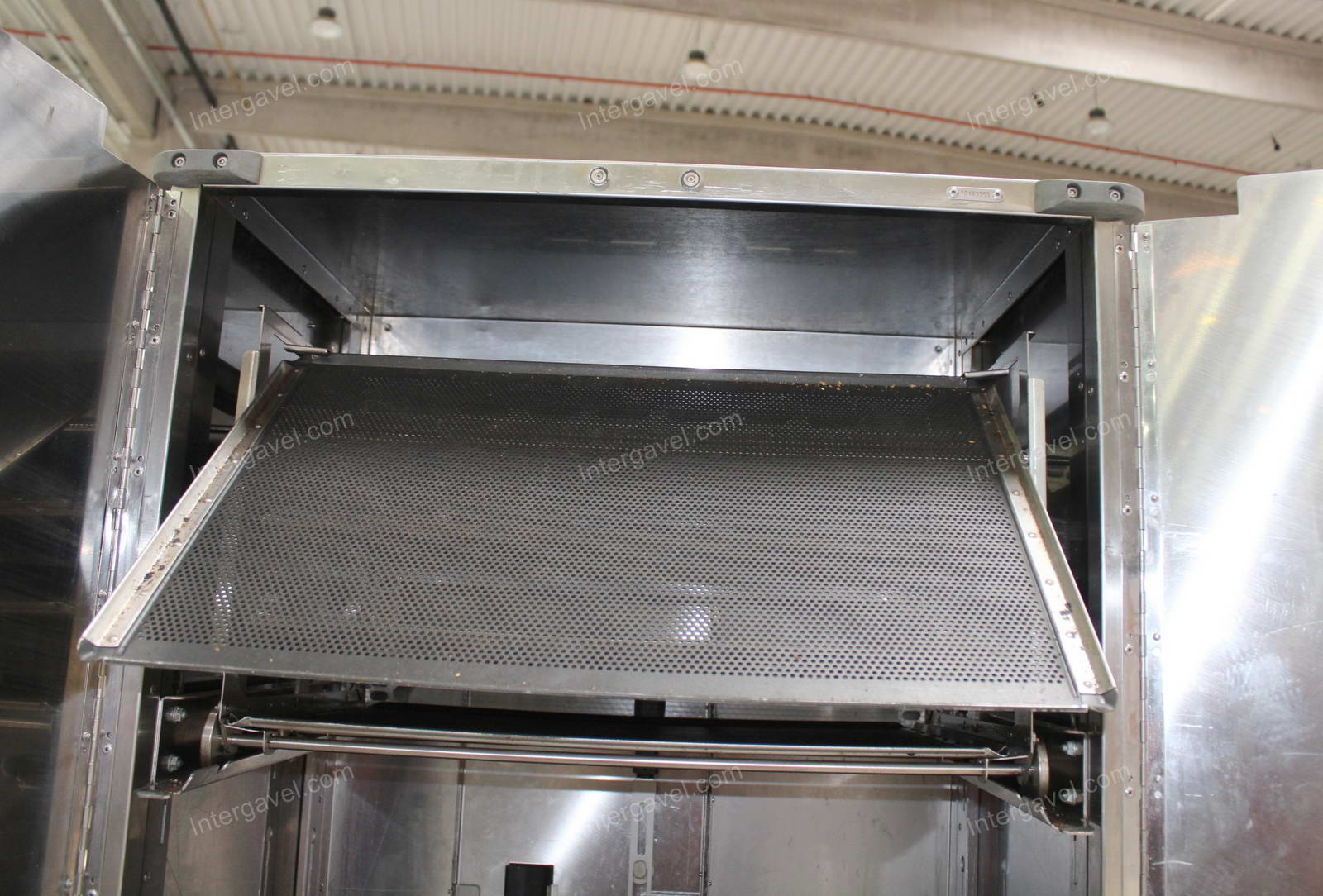 Shop oven