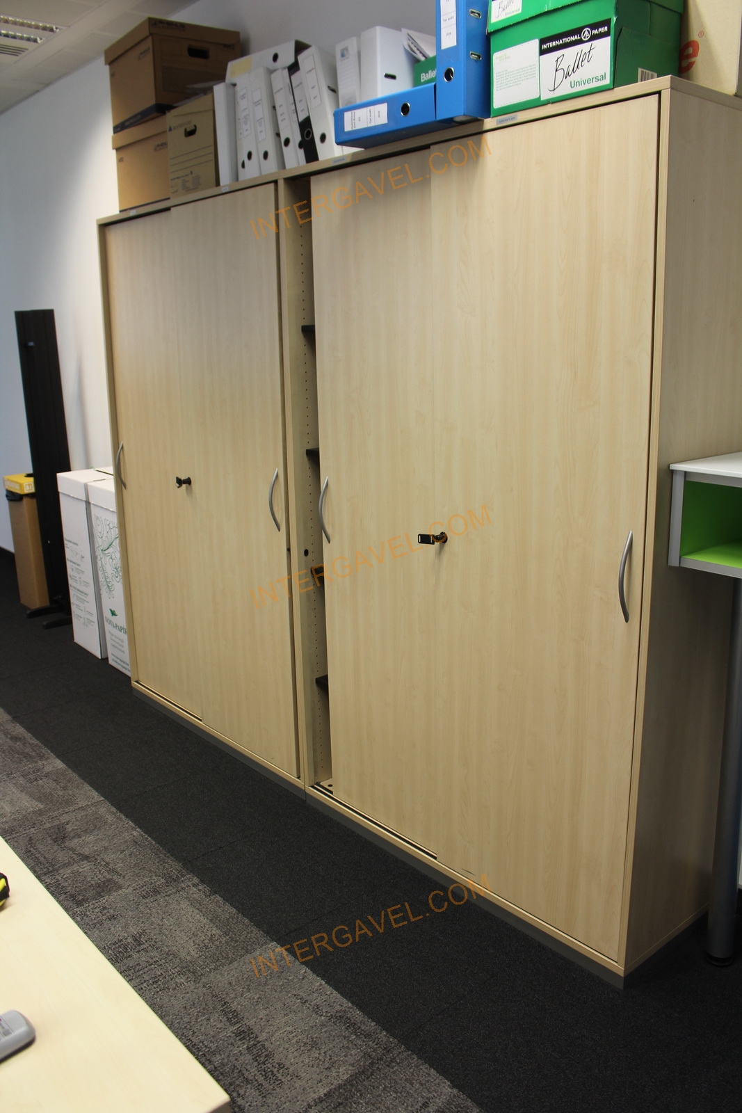 Polcos szekrény magas (szélesség: 120 cm)
