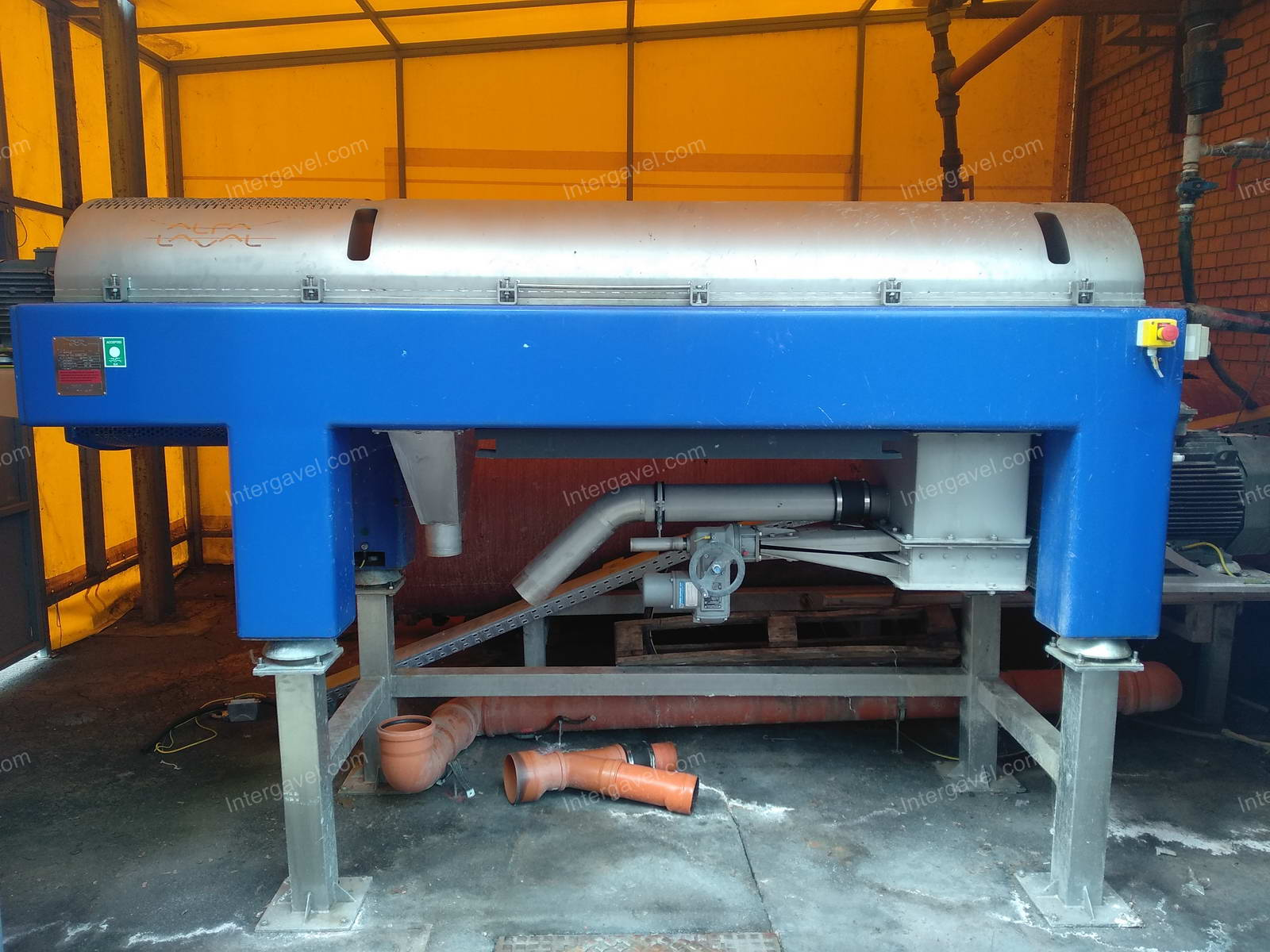 Decanter - sewage plant